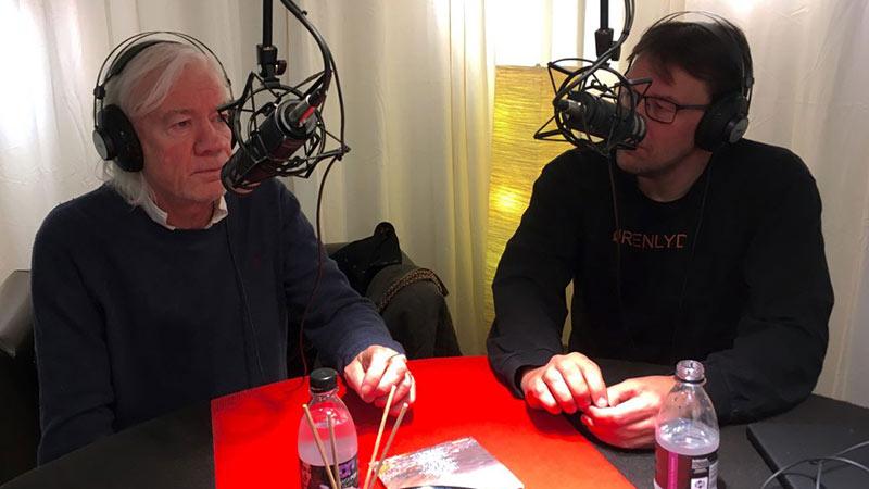 Interview med Lars Muhl om 'Drengen der gav den blinde sine øjne' hos DK4 Podcast