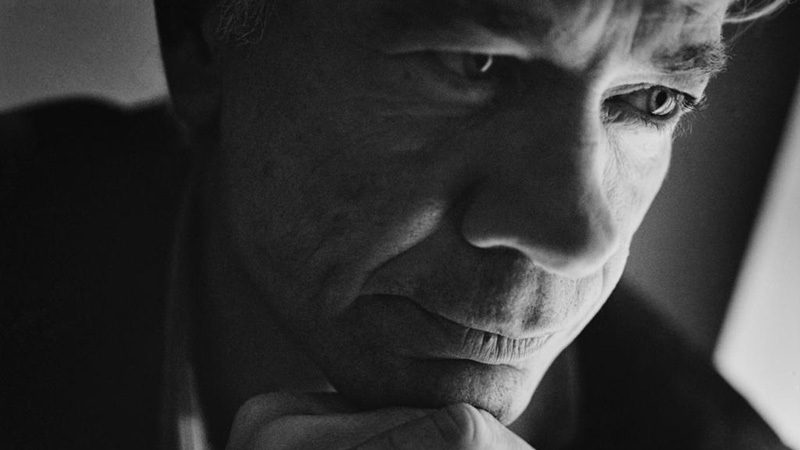 70 i morgen, Muhl er mystikkens danske crooner